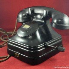 Teléfonos: TELÉFONO SOBREMESA BAQUELITA, DE MAGNETO, BATERÍA LOCAL, DE STANDARD ELÉCTRICA, PARA LA CTNE.. Lote 141304158