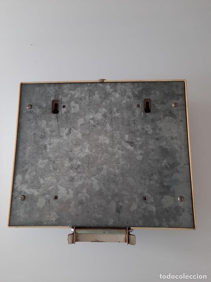 Antigüedades: BALANZA DE PARED VINTAGE - Foto 2 - 207586503