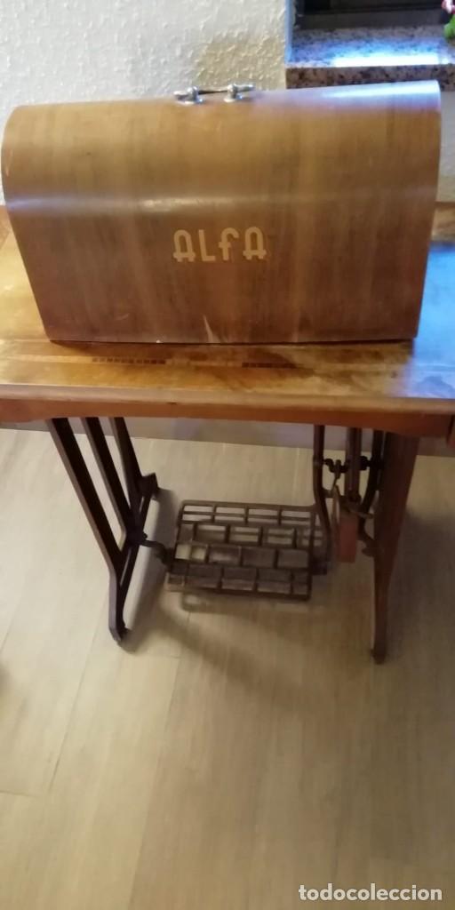 Antigüedades: Maquina de coser antigua Alfa. - Foto 7 - 207587993