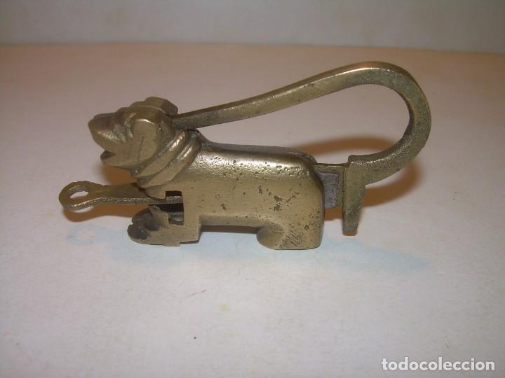 Antigüedades: CANDADO DE BRONCE. CON SU LLAVE PARA LA APERTURA. - Foto 4 - 207881928
