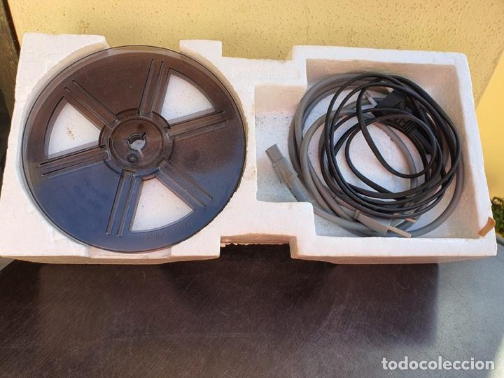 Antigüedades: Bonito proyector chinon C-100, en su caja - Foto 2 - 207884956