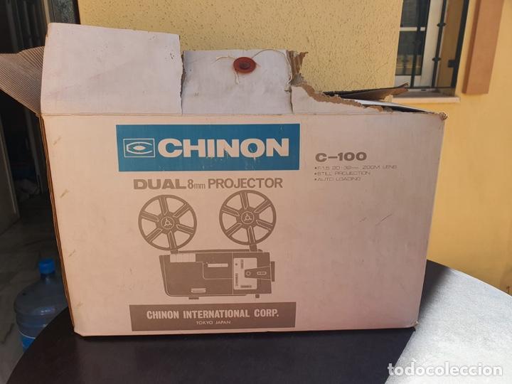 BONITO PROYECTOR CHINON C-100, EN SU CAJA (Antigüedades - Técnicas - Aparatos de Cine Antiguo - Proyectores Antiguos)