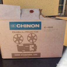 Antigüedades: BONITO PROYECTOR CHINON C-100, EN SU CAJA. Lote 207884956