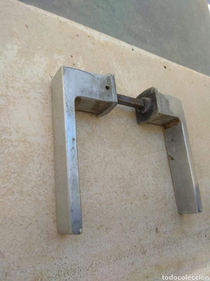 Antigüedades: Antigua Maneta - Manilla de Puerta Metálica - - Foto 3 - 207982640