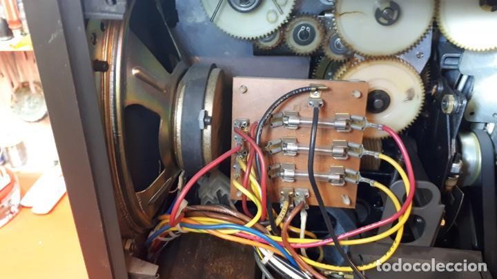 Antigüedades: Proyector Bell Hawell 16 mm. USA. - Foto 11 - 207989438