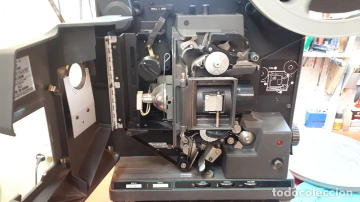Antigüedades: Proyector Bell Hawell 16 mm. USA. - Foto 12 - 207989438