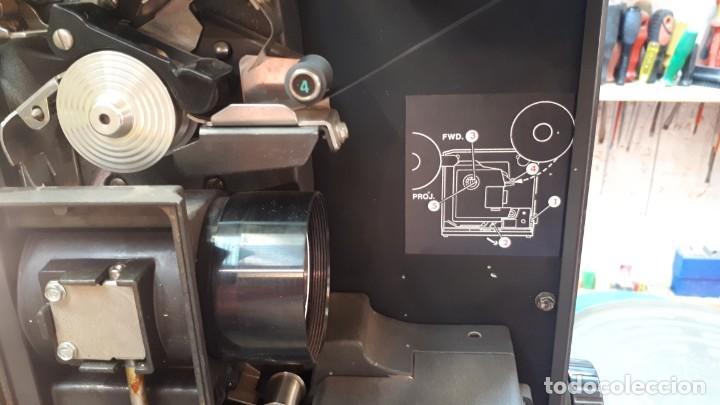 Antigüedades: Proyector Bell Hawell 16 mm. USA. - Foto 16 - 207989438