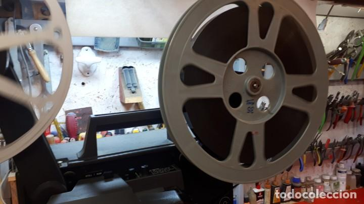 Antigüedades: Proyector Bell Hawell 16 mm. USA. - Foto 22 - 207989438
