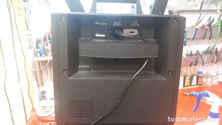 Antigüedades: Proyector Bell Hawell 16 mm. USA. - Foto 31 - 207989438