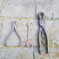 Antigüedades: LOTE DE 3 HERRAMIENTAS ANTIGUAS. Lote 208025456
