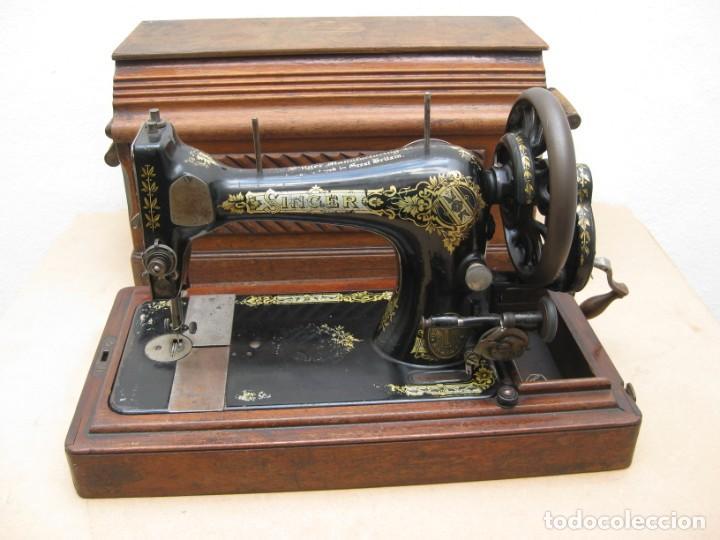 MAQUINA COSER A MANIVELA SINGER.FUNCIONA (Antigüedades - Técnicas - Máquinas de Coser Antiguas - Singer)