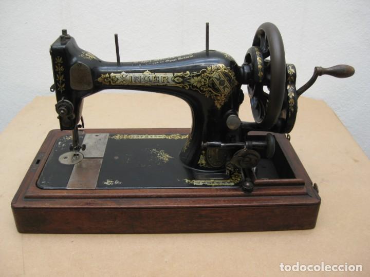 Antigüedades: Maquina coser a manivela Singer.Funciona - Foto 11 - 208045885
