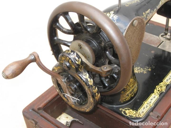 Antigüedades: Maquina coser a manivela Singer.Funciona - Foto 17 - 208045885