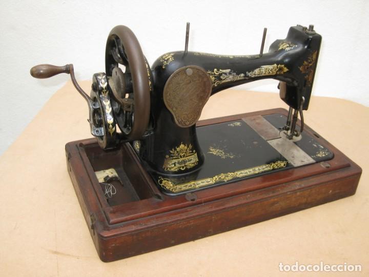 Antigüedades: Maquina coser a manivela Singer.Funciona - Foto 18 - 208045885