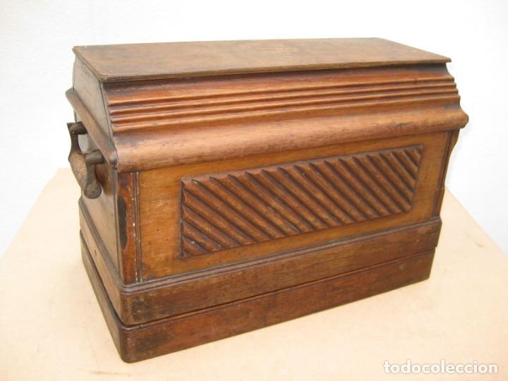 Antigüedades: Maquina coser a manivela Singer.Funciona - Foto 22 - 208045885