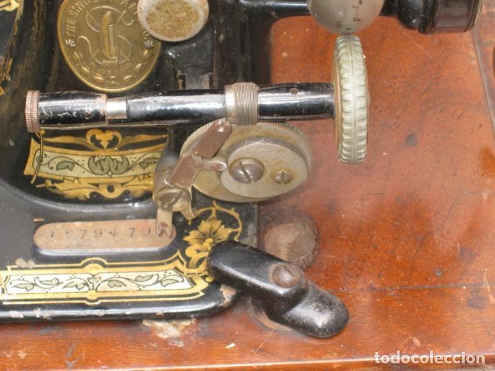Antigüedades: MAQUINA COSER A MANIVELA SINGER.FUNCIONA - Foto 6 - 208055001