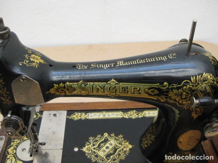 Antigüedades: Antigua maquina coser Singer a manivela. Funciona. - Foto 22 - 236026115