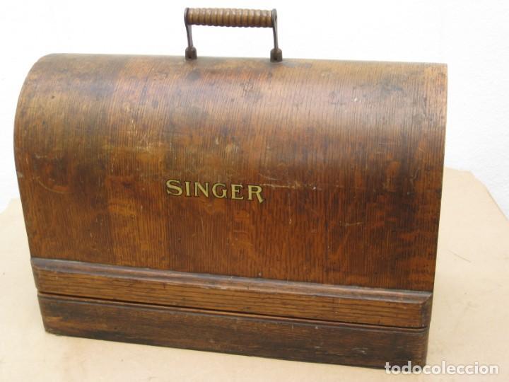 Antigüedades: Antigua maquina coser Singer a manivela. Funciona. - Foto 18 - 236026115