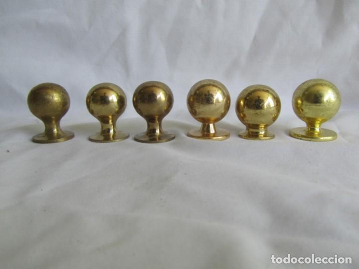 Antigüedades: 21 pomos tiradores de bronce macizo - Foto 11 - 208062566