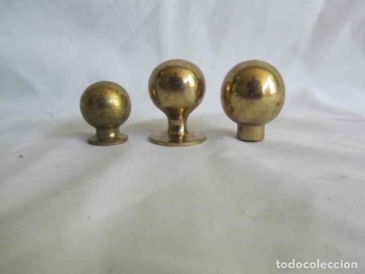 Antigüedades: 21 pomos tiradores de bronce macizo - Foto 13 - 208062566