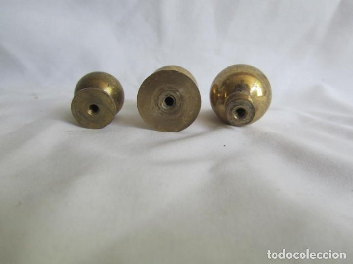 Antigüedades: 21 pomos tiradores de bronce macizo - Foto 14 - 208062566