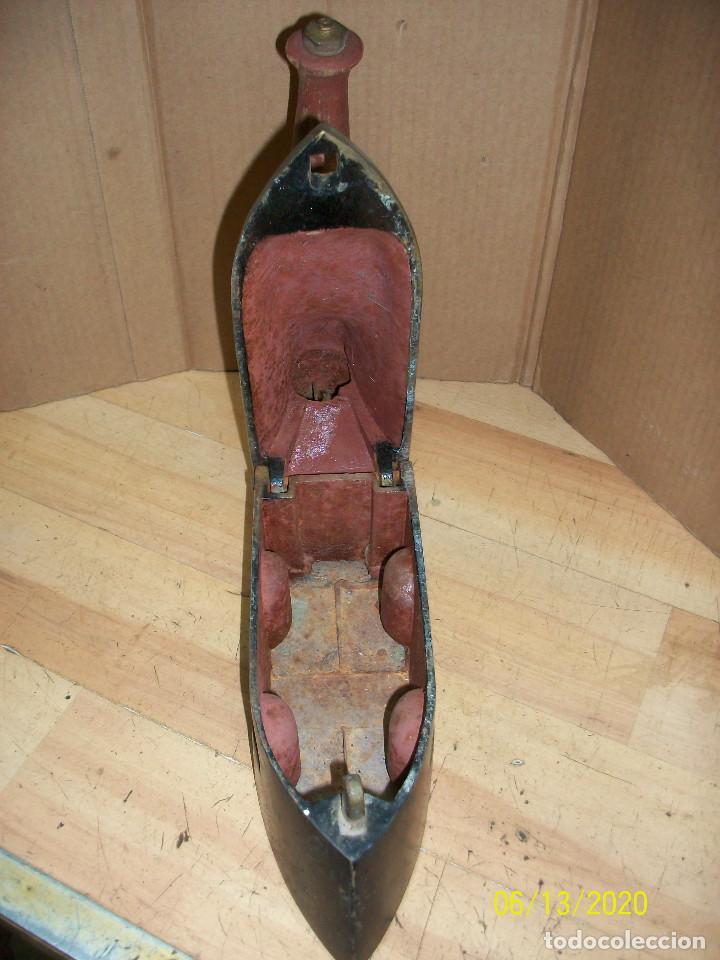 Antigüedades: ANTIGUA PLANCHA DE SASTRE-UCM - Foto 6 - 208108938