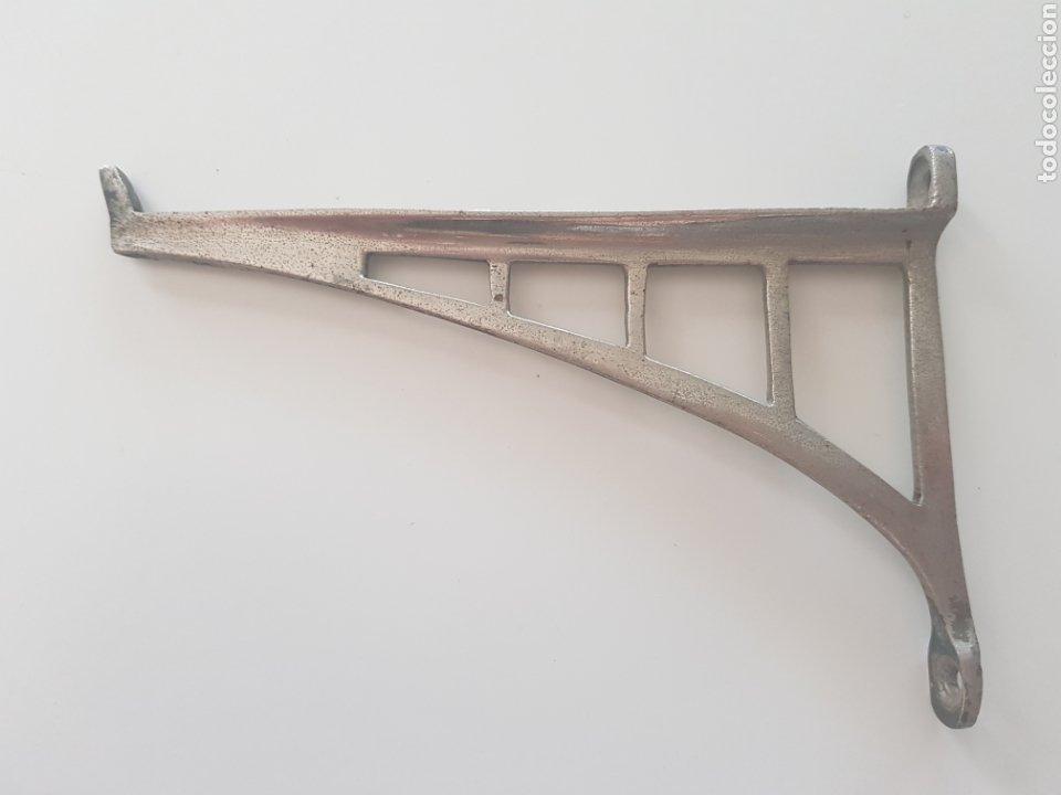 Antigüedades: Escuadra Modernista , metal niquelado , años 1930-40 - Foto 2 - 208136023