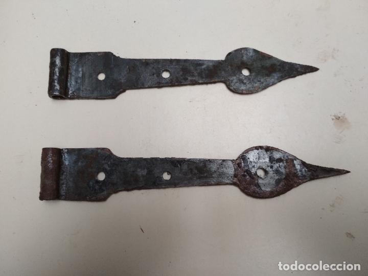 LOTE 2 BISAGRAS HIERRO FORJA (Antigüedades - Técnicas - Cerrajería y Forja - Bisagras Antiguas)