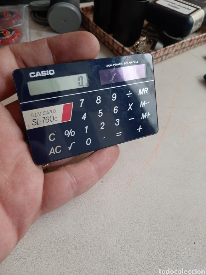 Antigüedades: Calculadora Casio Film Card SL-760c funcionando escasa en funda original - Foto 3 - 208375871