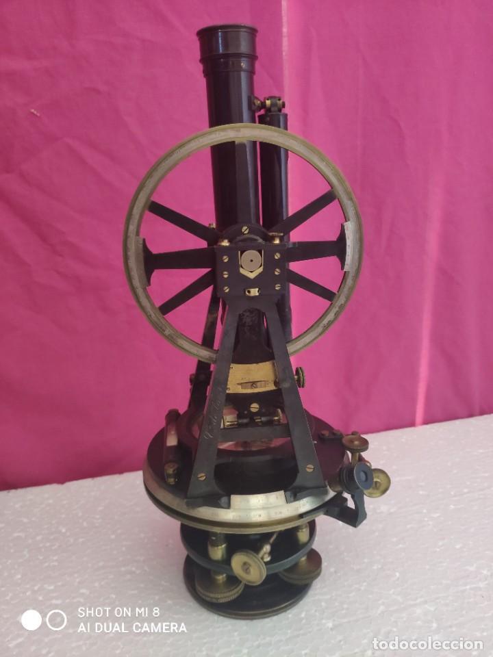 TEODOLITO ANTIGUO - XXX 008 (Antigüedades - Técnicas - Otros Instrumentos Ópticos Antiguos)