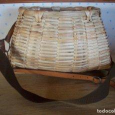 Antigüedades: PRECIOSA CESTA DE PESCADOR EN MIMBRE .. Lote 208877985