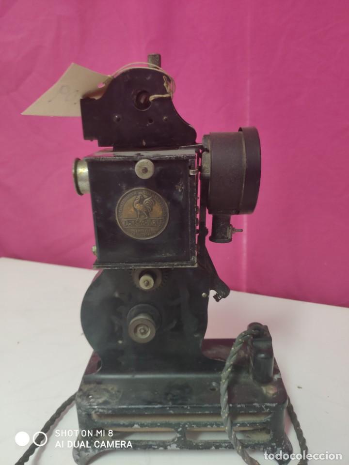 Antigüedades: PROYECTOR CINEMATOGRÁFICO PATHE-BABY - XXX 109 - Foto 2 - 43043213