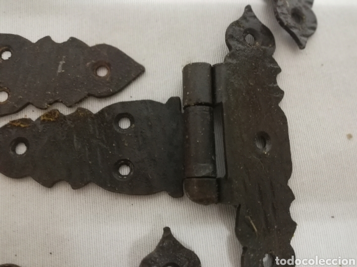 Antigüedades: BISAGRAS HIERRO FORJADO. TIPO CASTELLANO. RUSTICO. ARMARIO. CAJON. MUEBLE - Foto 2 - 209144305