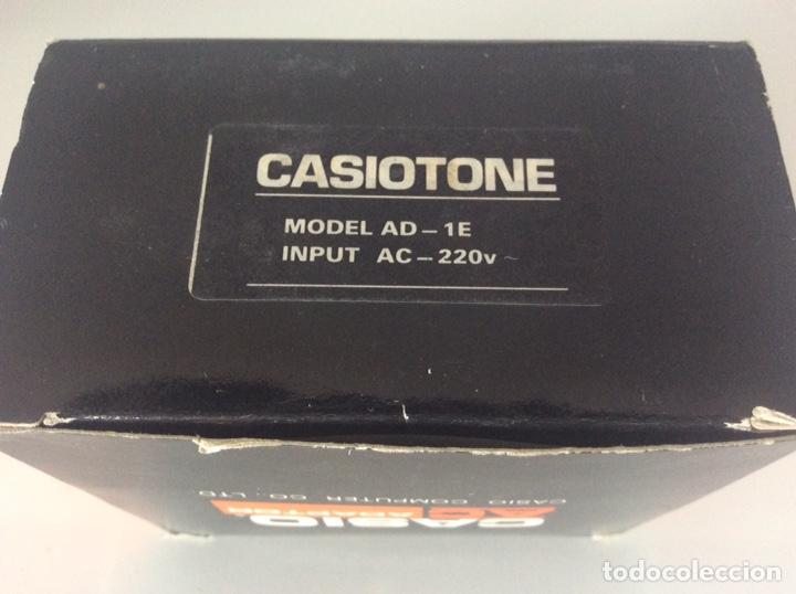 Antigüedades: CASIO COMPUTER CO.LTD ADAPTADOR AC. MODELO AD-1E 220V SALIDA 7,5v 400mA TRANSFORMADOR NUEVO - Foto 2 - 223661497