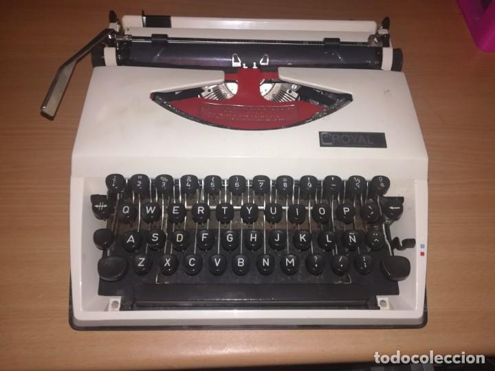 MAQUINA DE ESCRIBIR ROYAL. CON SU MALETA ORIGINAL (Antigüedades - Técnicas - Máquinas de Escribir Antiguas - Royal)