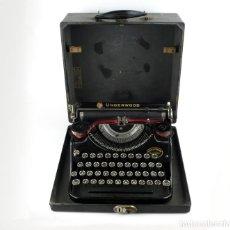 Antigüedades: UNDERWOOD-MÁQUINA DE ESCRIBIR PORTÁTIL - DAVIS & COMPANY ,SANTIAGO DE CHILE - CA.1920-28. Lote 209325955
