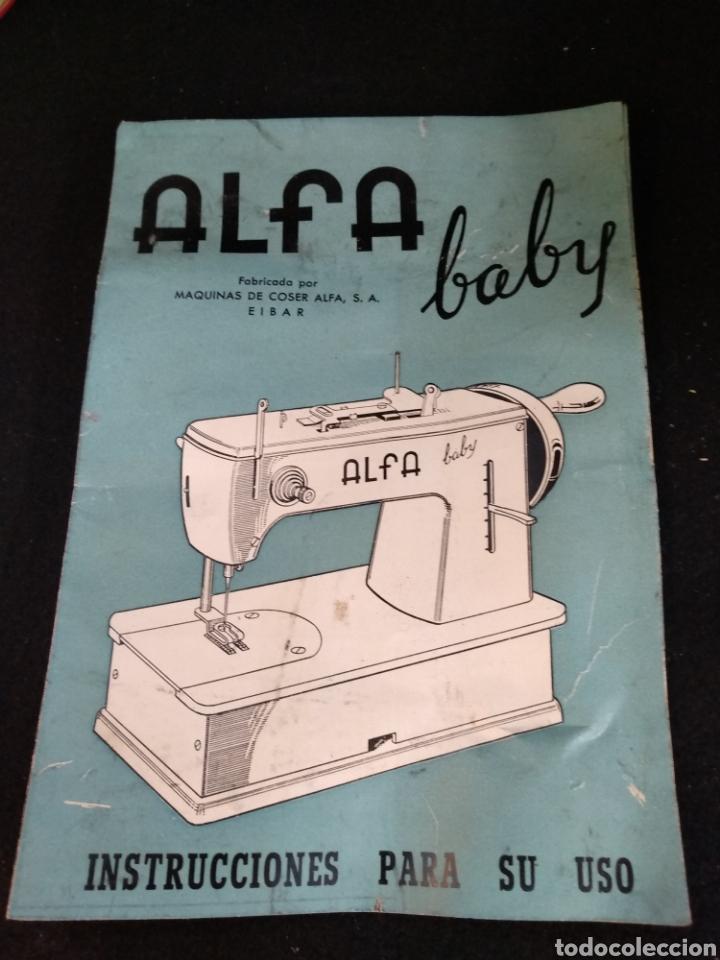 Antigüedades: Maquina de coser Alfa baby. Maquina de viaje - Foto 2 - 209414595
