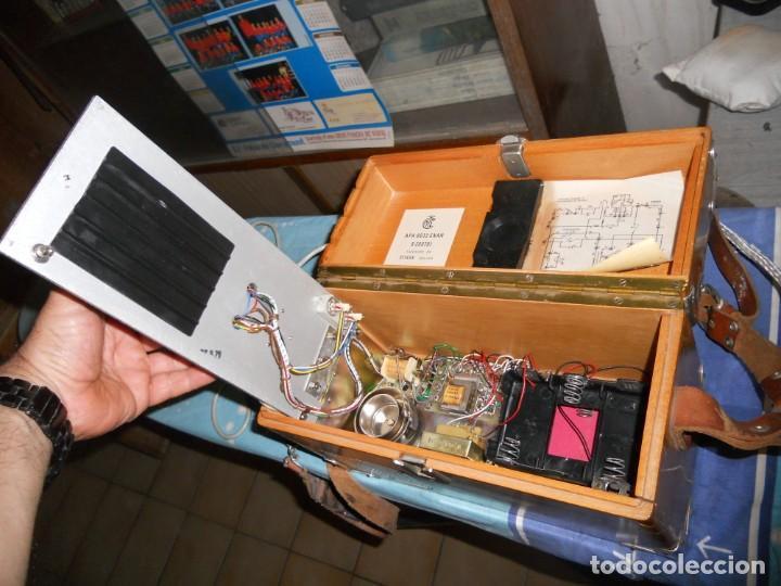Teléfonos: telefono antiguo en su maleta maletin a pilas citesa muy buen estado el conjunto - Foto 12 - 209803388