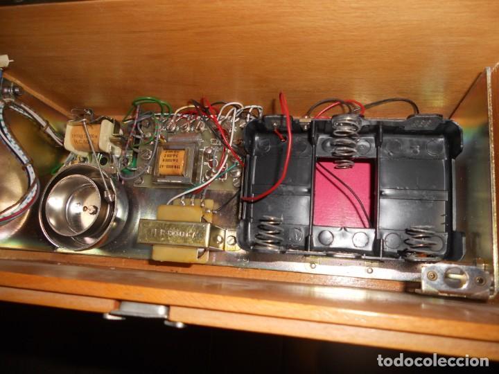 Teléfonos: telefono antiguo en su maleta maletin a pilas citesa muy buen estado el conjunto - Foto 13 - 209803388