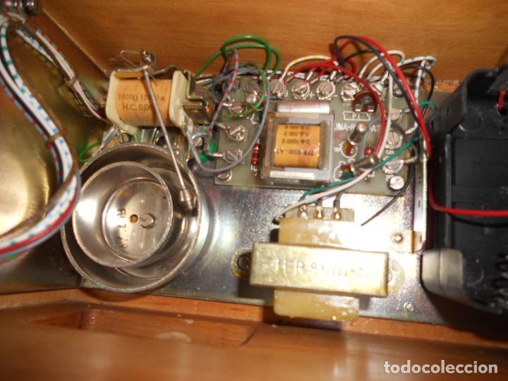 Teléfonos: telefono antiguo en su maleta maletin a pilas citesa muy buen estado el conjunto - Foto 14 - 209803388