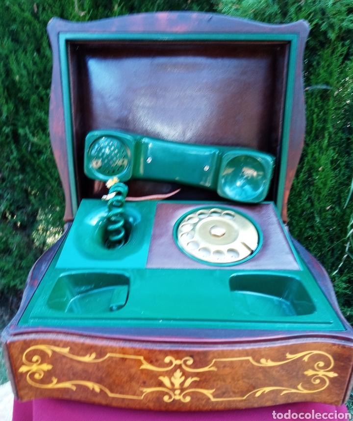 Teléfonos: TELEFONO TELCER - ALTA CALIDAD - EN CAJA DE MADERA DE RAIZ - BAQUELITA Y CUERO - VINTAGE - AÑOS 1950 - Foto 7 - 209811141