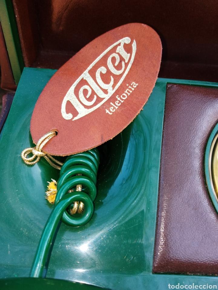 Teléfonos: TELEFONO TELCER - ALTA CALIDAD - EN CAJA DE MADERA DE RAIZ - BAQUELITA Y CUERO - VINTAGE - AÑOS 1950 - Foto 10 - 209811141
