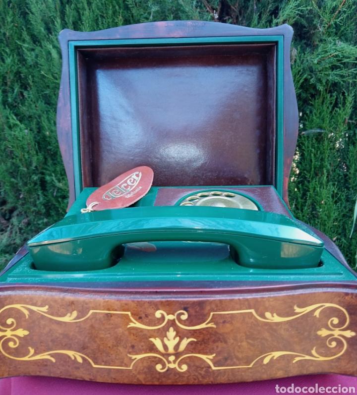 Teléfonos: TELEFONO TELCER - ALTA CALIDAD - EN CAJA DE MADERA DE RAIZ - BAQUELITA Y CUERO - VINTAGE - AÑOS 1950 - Foto 11 - 209811141