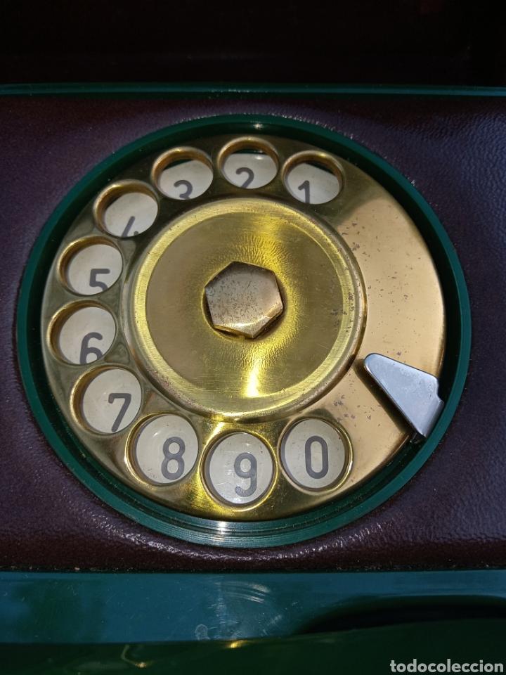 Teléfonos: TELEFONO TELCER - ALTA CALIDAD - EN CAJA DE MADERA DE RAIZ - BAQUELITA Y CUERO - VINTAGE - AÑOS 1950 - Foto 12 - 209811141