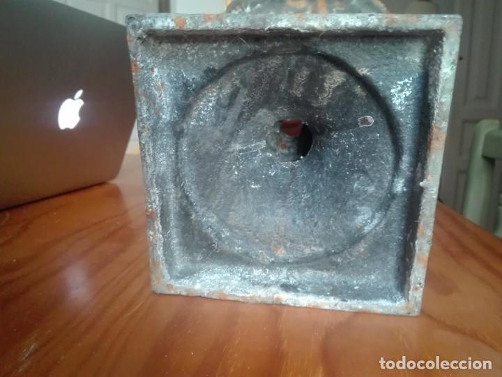 Antigüedades: Pareja de Copas Medici de hierro colado. - Foto 5 - 209914798