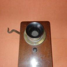 Teléfonos: INTERCOMUNICADOR DE PARED. MADERA Y BRONCE . INCOMPLETO. BUEN ESTADO.. Lote 209941402
