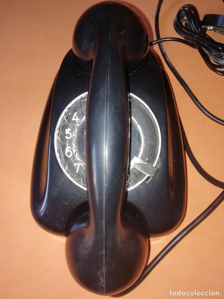 TELEFONO ANTIGUO DE MESA O PARED. SIEMENS. DE PLASTICO NEGRO. ESTADO MUY BUENO. (Antigüedades - Técnicas - Teléfonos Antiguos)