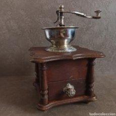 Antigüedades: ANTIGUO Y GRAN MOLINILLO DE CAFÉ DE COPA * 25,5 CM ALTO. Lote 210000271