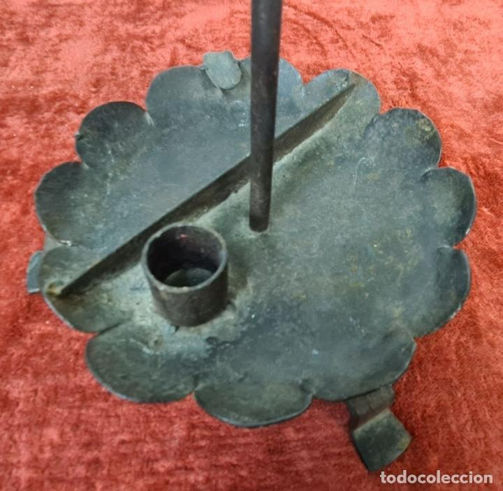 Antigüedades: CONJUNTO DE PIEZAS EN HIERRO FORJADO Y LATÓN. AÑOS 50/70. - Foto 15 - 210077805