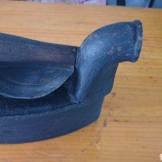 Antigüedades: ANTIGUA PLANCHA DE CARBÓN DE CHIMENEA.. Lote 210156890